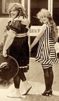 """Roscoe """"Fatty"""" Arbuckle femulating in the 1917 film Coney Island. Silent Screen Stars, Silent Film Stars, Movie Stars, Old Hollywood Glamour, Vintage Hollywood, Classic Hollywood, Roscoe Arbuckle, Olive Thomas, Bessie Love"""