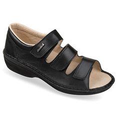 Sandale ortopedice, pentru femei, din piele naturala, OrtoMed 3727-P134. Calapod mai lat, captuseala din piele naturala, brant piele cu suport plantar detasabil, talpi usoare si flexibile cusute integral. Marimi: 37-42 Mai