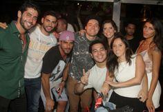 Marcelo Zagonel vai a festa no Recreio dos Bandeirantes, RJ