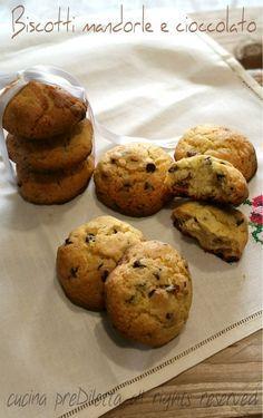 Biscotti mandorle e cioccolato, ricetta, cucina preDiletta