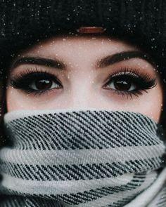 Chrissy Costanza, Against The Current The Most Beautiful Girl, Beautiful Eyes, Beautiful Women, Makeup Inspiration, Character Inspiration, Crissy Costanza, Women In Music, Cute Girl Photo, Beauty Shots