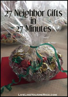 Gifts in 27 Minutes 27 Neighbor Gifts in 27 Minutes. this saves lots of money and time during the already-busy holiday Neighbor Gifts in 27 Minutes. this saves lots of money and time during the already-busy holiday season! Neighbor Christmas Gifts, Neighbor Gifts, All Things Christmas, Holiday Fun, Christmas Holidays, Christmas Crafts, Christmas Ideas, Handmade Christmas, Santa Gifts