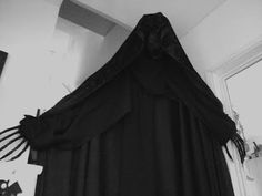 The shed and beyond.: Dementor hands how to part 1.