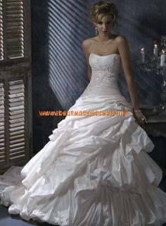 Taft luxuriös plissiertes Brautkleid Bodenlang Trägerlos