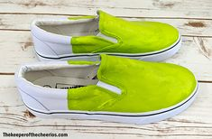 DIY Grinch Shoes - The Keeper of the Cheerios Grinch Shoes, Acrylic Paint Sealer, Grinch Mask, Grinch Stuff, Ugly Sweater Party, Black Sharpie, Fabric Markers, Painted Shoes, Diy Clothes
