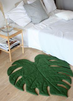 Green Leaf Play Mat, Monstera Decor for Tropical Nursery Tropical Style, Tropical Decor, Tropical Furniture, Diy Pillows, Decorative Pillows, Tropical Nursery, Diy Recycling, Room Colors, Bedroom Decor