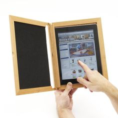 Prop and protect your tablet computer with this handy, easy-to-make case. (Don't own an iPad? Adapt the dimensions to fit your tablet.) - See more at: http://www.woodstore.net/plans/gifts/office-accessories/343-iPad-Holder.html#sthash.DGwYORQq.dpuf