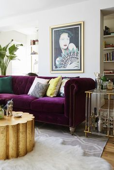 Inside an Eclectic NYC Apartment Full of Cool Design Moments Living Room Decoration purple living room decor Glam Living Room, Living Room Sofa, Apartment Living, Living Room Decor, Purple Living Room Furniture, Eclectic Furniture, Decor Room, Apartment Design, Living Area