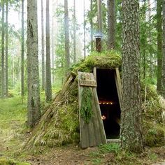 Sweden's most primitive hotel! #Kolarbyn #Ecolodge in #Skinnskatteberg #Sweden #bushcraft #unusual #unique #hotel #hostel #cabin #hut #cabinporn #naturelover #nature #wildlife by our friend wildsweden...