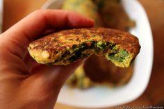 Zeleninové placičky s plantainovou moukou Anti Inflammatory Recipes, Salmon Burgers, Ethnic Recipes, Food, Essen, Meals, Yemek, Eten