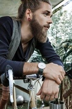 This bearded perfection | Community Post: 20 Man Buns That Will Ruin You For Short-Haired Guys