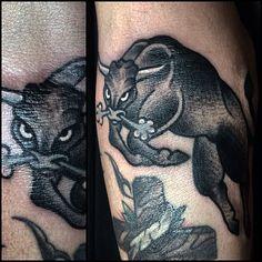 Mais uma no Marcão #tattoo #bulltattoo