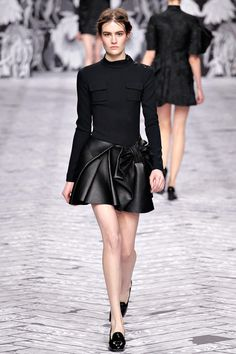 Viktor & Rolf | Fall 2013 Ready-to-Wear Collection | Style.com
