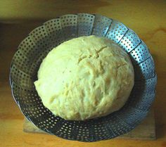 When I was young my mother would make steamed bread in 1 lb baking powder tins prized for the purpose because they were rust-proofed, smooth sided and had tight-fitting screw on or slide on … South African Dumpling Recipe, African Bread Recipe, South African Recipes, Bread Dumplings, Dumpling Dough, Homemade Dumplings, Steamed Bread Recipe, Pastry Recipes, Cooking Recipes