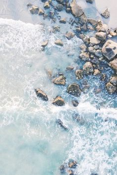 Laguna Vibe — Aerial Waves in Canada Beachy Wallpaper, Ocean Wallpaper, Summer Wallpaper, Wallpaper Backgrounds, App Wallpaper, Iphone Wallpapers, Aesthetic Backgrounds, Aesthetic Iphone Wallpaper, Aesthetic Wallpapers