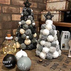 Handmade Christmas Decorations, Christmas Mood, Christmas Crafts For Kids, Simple Christmas, Xmas, Holiday Decor, Christmas Stockings, Christmas Wreaths, Christmas Ornaments