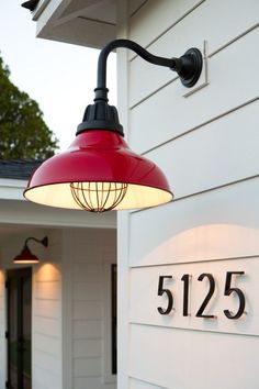 25 of the Best Modern House Numbers for Your Home-- Update your curb appeal in minutes by installing modern house numbers. This list includes over 25 of the Best Modern House Numbers for Your Home in black, stainless steel, gold, and more! Exterior Light Fixtures, Exterior Lighting, Up House, House Front, Farmhouse House Numbers, House Numbers Modern, Diy House Numbers, Red Farmhouse, Farmhouse Windows