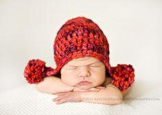 love big knit hats on newborn babies ... Kristen Hinson Photography