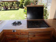 PERGOLAS Y QUINCHOS Backyard Kitchen, Outdoor Kitchen Design, Patio Design, Backyard Patio, Bbq Grill, Barbecue, Grilling, Pergola, Outdoor Decor