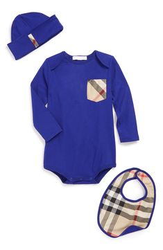 Such a cute trio. Love the classic Burberry check design on this baby bodysuit, hat and bib set.