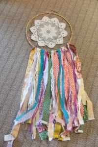 Cool Crafts  You Can Make With Fabric Scraps - Fabric Scrap Dreamcatcher - Creative DIY Sewing Projects and Things to Do With Leftover Fabric and Even Old Clothes That Are Too Small - Ideas, Tutorials and Patterns http://diyjoy.com/diy-crafts-leftover-fabric-scraps
