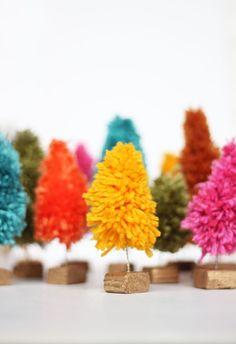 DIY: yarn mini christmas trees