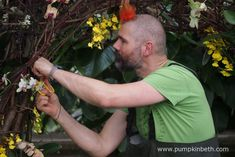 Master Florist Henck Röling, putting the finishing touches to the elephant he created for the 2018 Orchid Festival at the Royal Botanic Gardens Kew. Kew Gardens, Botanical Gardens, Water Dragon, Fortnum And Mason, Cut Flowers, Climate Change, Floral Arrangements, Orchids, The Past