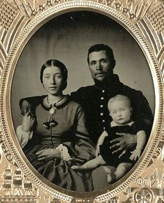 Photo by Elizabeth Vintage Children Photos, Vintage Photos Women, Vintage Pictures, Old Pictures, Vintage Images, Old Photos, Victorian Photos, Antique Photos, Vintage Photographs