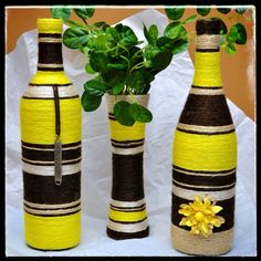 Yellow, Brown and Beige Set Recycled Glass Bottles, Glass Bottle Crafts, Wine Bottle Art, Diy Bottle, Bottle Vase, Yarn Bottles, Bottles And Jars, Wine Craft, Painted Wine Glasses