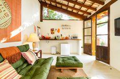 Decoração de: Sala de estar; tapeçaria laranja; Casa de Valentina