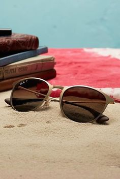 Time for some serious beach reading in the sun. Find the Ray-Ban RB3539 sunglasses at http://www.smartbuyglasses.com/designer-sunglasses/Ray-Ban/Ray-Ban-RB3539-Erika-Metal-193/13-306530.html