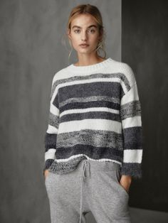 Women´s Svetry a kardigany at Massimo Dutti online. Enter now and view our Spring Summer 2019 Svetry a kardigany collection. Le Black Friday, Stitch Fit, Black White Pattern, Knit Fashion, Sweater Weather, Pulls, Knitwear, Knitting Patterns, Knit Crochet