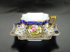 Looks like the graphic of the rose from beauty and the beast Tea Cup Set, My Cup Of Tea, Cup And Saucer Set, Tea Cup Saucer, Tea Sets, China Cups And Saucers, Teapots And Cups, Teacups, Royal Tea