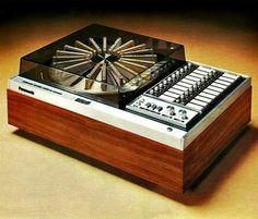 Vintage audio cassette deck Panasonic RS-296US 20 cassette changer from 1972