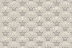 Seamless pattern with crowns. https://us.fotolia.com/p/201081749 http://depositphotos.com/portfolio-1265408.html https://creativemarket.com/kio