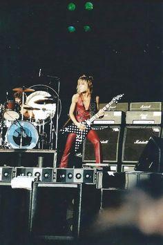 Heavy Metal Rock, Heavy Metal Music, Blizzard Of Ozz, Jackson Guitars, Greatest Rock Bands, Music Pics, Recorder Music, Ozzy Osbourne, Rock Legends