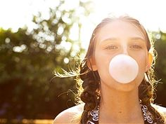 Can chewing gum make you smarter? A new study suggests so!