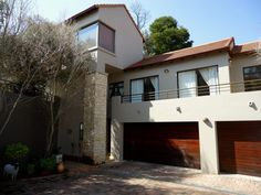 Spacious Family Home In Security! Beautiful double volume cluster in a small security complex in popular Waterkloof Ridge. Pretoria, Real Estate Companies, Home And Family, Mansions, House Styles, Manor Houses, Villas, Mansion, Palaces