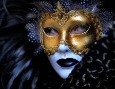 Vampire Girl: Mascaras de Veneza