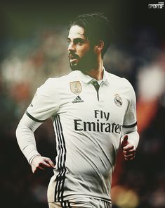 Isco First Football, Football Love, Best Football Team, Isco, Ramos Real Madrid, Real Madrid Players, Professional Football, Liverpool Fc, Cristiano Ronaldo