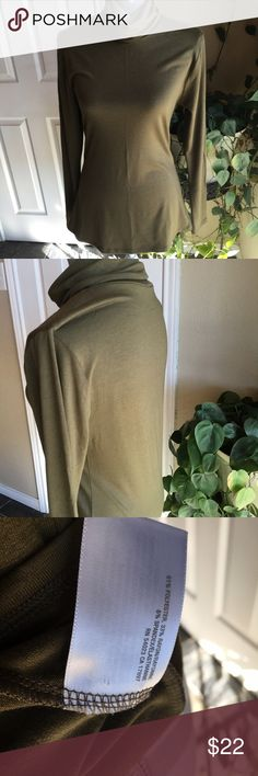 Old navy olive turtleneck Worn 1 time!  Olive green.  Stretches and is form fitting Old Navy Tops