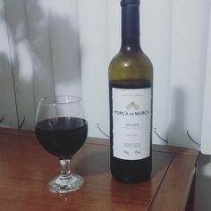 Boa noite feriado! :) #wine #vaiteralcool #douro by gabrielgesteira