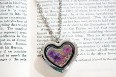 I've been seeing some absolutely gorgeous dried flower jewelry lately. Learn how to make a beautiful pendant with this easy dried flower jewelry tutorial. Resin Jewelry, Diy Jewelry, Handmade Jewelry, Jewelry Making, Absolutely Gorgeous, Beautiful, Flower Jewelry, Wire Work, Pencil Art
