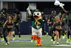 Oregon Ducks 2013 Recruiting Targets Still out There to Grab Oregon Ducks Football, Ohio State Football, Oklahoma Sooners, Ohio State Buckeyes, American Football, College Football, Florida State University, Florida State Seminoles, Notre Dame Football
