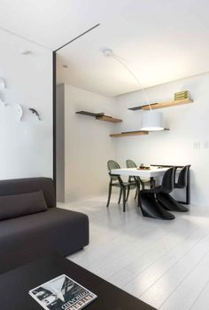 Ingeniously Sparse Apartment In Taichung, Taiwan