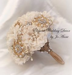 VINTAGE Glam Gold Bridal Brooch Bouquet with Gold Handle Gold