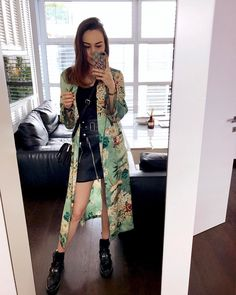 "7,411 mentions J'aime, 83 commentaires - Andy Torres (@stylescrapbook) sur Instagram : ""Never wanna take this off 🌺🌸🌼 #Milan"""