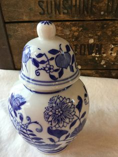 Blue and White Chinoiserie Ginger Jar / Formalities By Baum / China by SunshineVintageGoods on Etsy