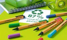 Der STABILO GREENpoint ist ein Filzstift, der aus 87% recycelten Materialien besteht. Er ist in 6 Farben mit einem praktischen Clip erhältlich. Einfach perfekt für Studenten und Berufstätige, die gerne einen Beitrag für den Umweltschutz leisten.