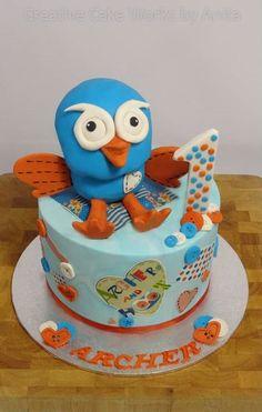 Giggle & Hoot 1st Birthday Cake